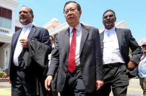 时隔44年 马来西亚新财长由华裔人士出任