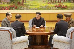 韩媒披露美朝无核化会谈细节:核弹头等运国外