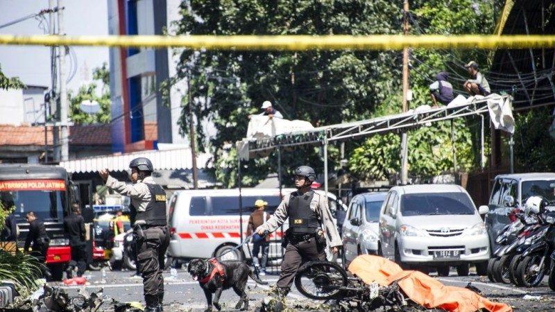 发动印尼连环恐攻 恐怖分子带子女当人肉炸弹