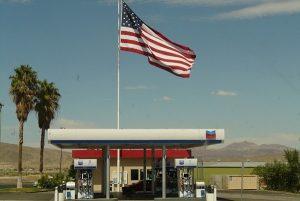 美國油價直奔3 專家:不需太緊張5招讓你更省油