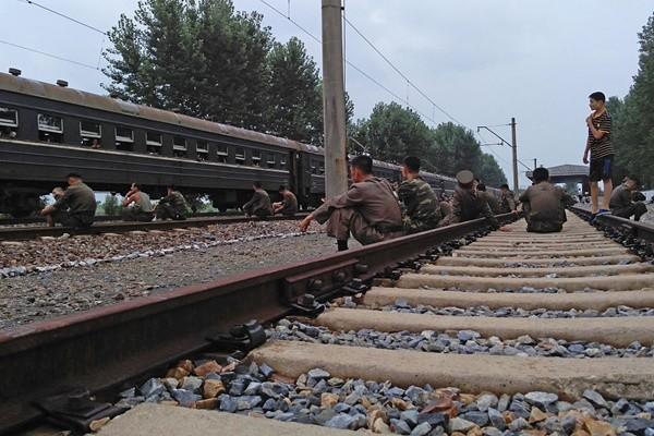 1天路程变7天 朝鲜退伍青年活活饿死在火车上