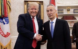 川普透露谈判细节:中方将买走美国农民所有产品