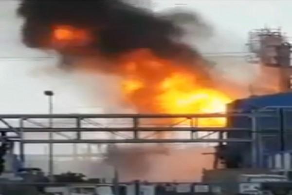 美德州化工厂爆炸引大火 约20人遭高温热伤1失踪