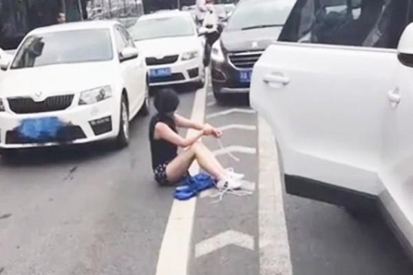 成都豪車女司機遭綁架 獲救過程驚險離奇(視頻)