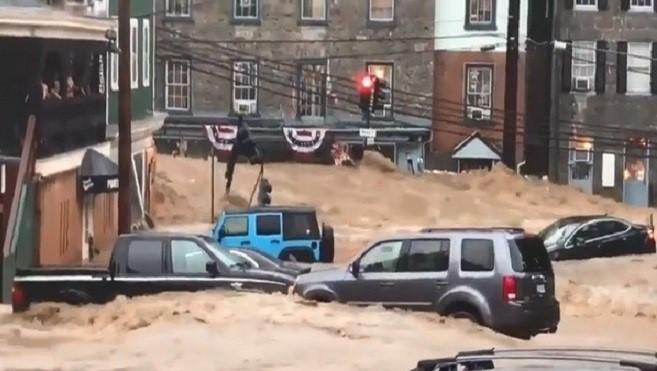豪雨土石洪水傾瀉而下 美馬里蘭州進入緊急狀態