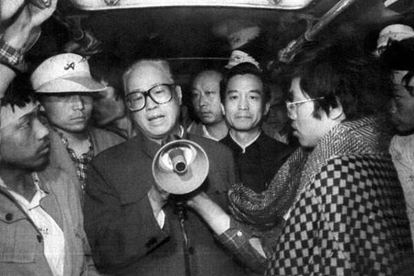 赵紫阳秘书揭六四前被抓进秦城监狱内幕