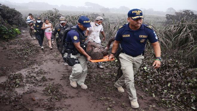 危地馬拉火山大爆發 村民遭活埋已知25死300傷