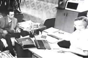 打开时空之门的乌克兰男子 从1958年穿越到2006年?