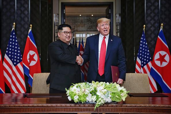川普释放善意  宣布停止美韩联合军演