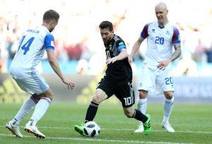 世界杯D组:阿根廷1比1平冰岛队