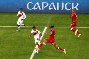 世界盃C組:丹麥刁鑽破網 1比0險勝秘魯(視頻)