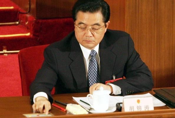 揭秘:胡錦濤突遭「兵變」 軍頭們「臉都嚇白」