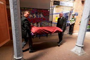 倫敦3男疑鐵軌旁塗鴉 慘遭火車撞死