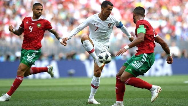 乌拉圭擒沙特小组出线 西葡两强惊险获胜