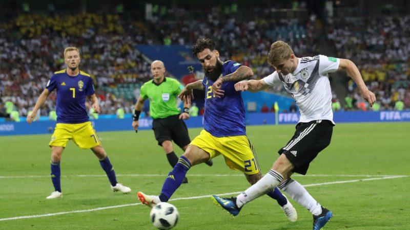 世界杯F组关键一战 德国补时险胜瑞典(精彩片段)