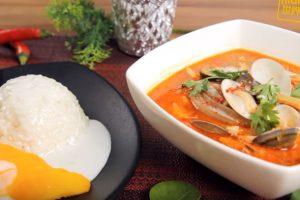 泰式酸辣海鲜汤 搭配芒果糯米饭 好美味(视频)