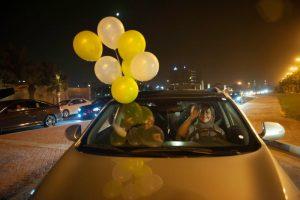 沙特女性开车解禁 经济估增900亿美元