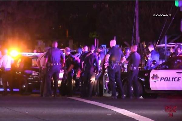 圣地亚哥警匪驳火 2警受伤嫌犯死亡