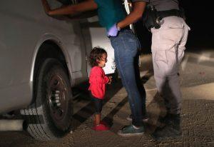 边界哭泣女童未离母亲 有家可归庇护涉诈欺