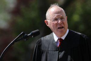 美9名大法官之一退休 川普再获机会加强保守派