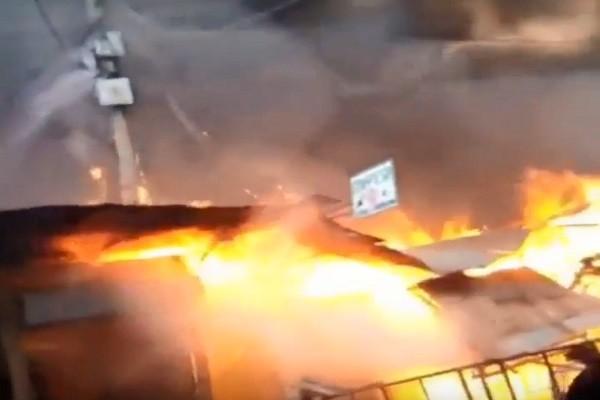 肯尼亞市場暗夜惡火延燒 至少15死70傷(視頻)