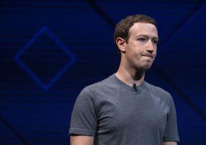 美媒:臉書CEO扎克伯格被股東要求主動辭職