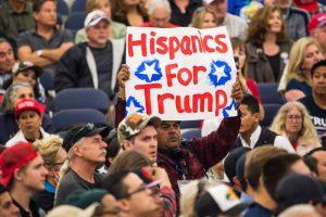 不恨反爱:拉美裔理智看待移民问题 川普支持率飙升10%