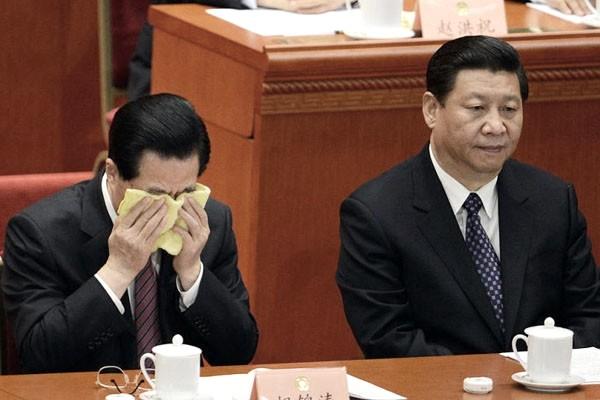 揭秘:胡锦涛当众对江致命一击 习近平感动落泪