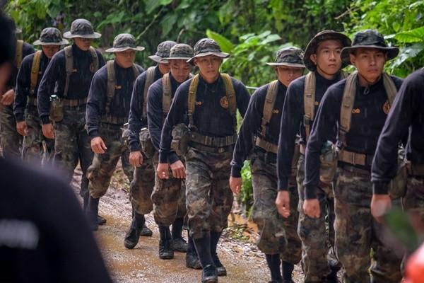 水深危險 泰軍方供4個月糧食教受困少年潛水