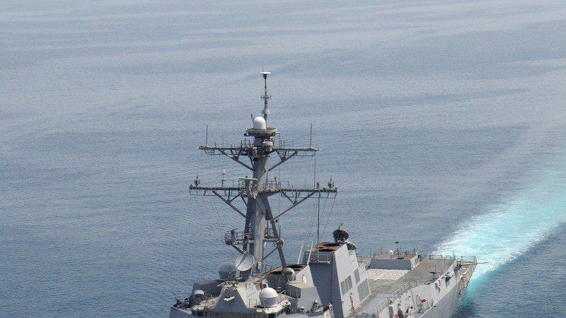 11年来首破例 美舰敏感时刻穿越台湾海峡