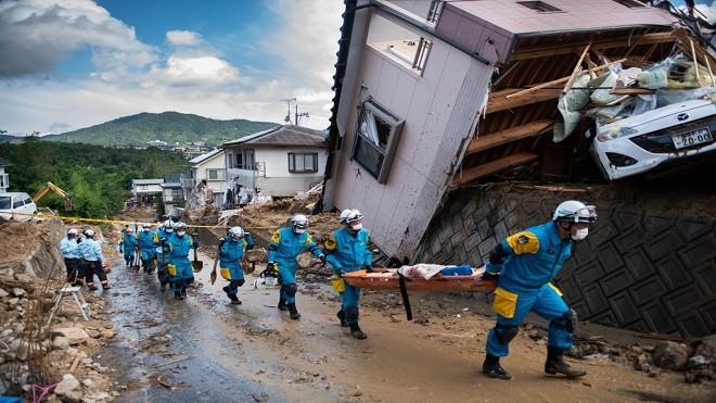 日洪水渐退寻找生还者 已知112死79人失联