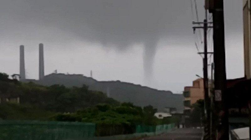 (更新)強颱逼近 彰化花蓮以北警戒 上班課一覽