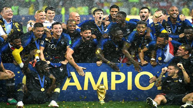 法國4:2擊敗克羅地亞  奪下本屆世界盃冠軍