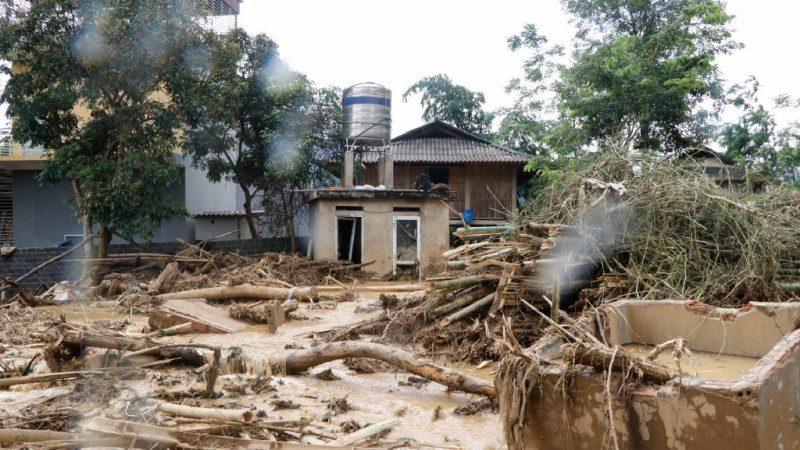 越南暴雨釀災 逾百間民宅倒塌已知24死16失蹤