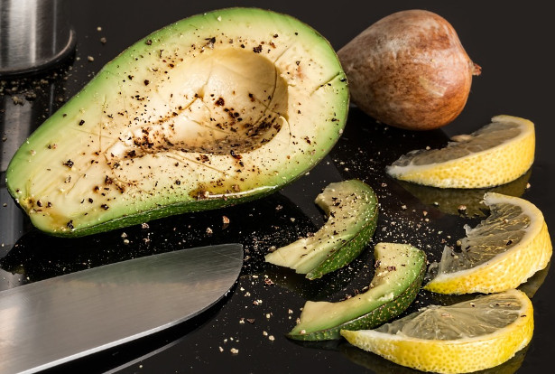 酪梨的3种吃法 营养又健康 可预防糖尿病、心血管疾病(视频)