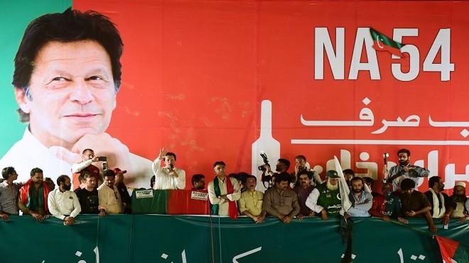 """""""巴铁""""变天不再铁?巴基斯坦新总理被指非亲共派"""