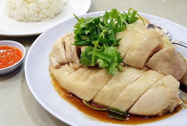 白斬雞這樣煮 又鮮嫩又好吃(視頻)
