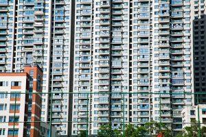奇蹟!江蘇2歲女童17樓墜下 自己爬起來走回家