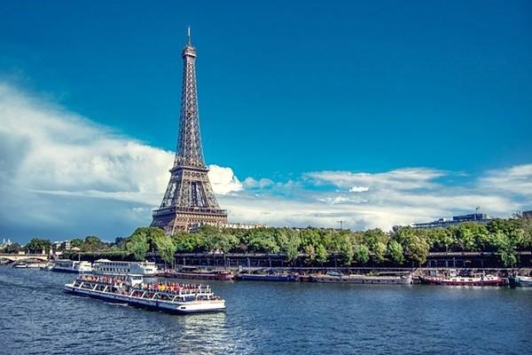 英媒评全球最浪漫城市 花都巴黎居首