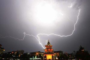 加500元可投胎美國?中國寺院「超渡服務」引熱議
