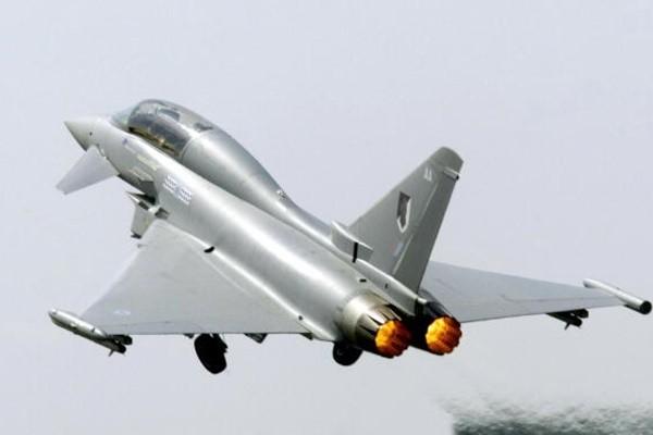 """西班牙战机""""走火"""" 在爱俄边界误射导弹"""