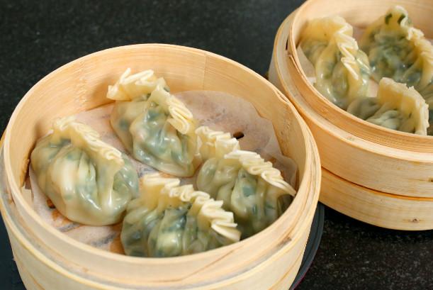 韭菜虾饺子 手工做法很简单、很美味(视频)