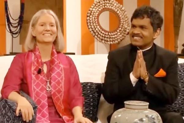 印度窮小子騎車5個月 去瑞典見貴族妻子