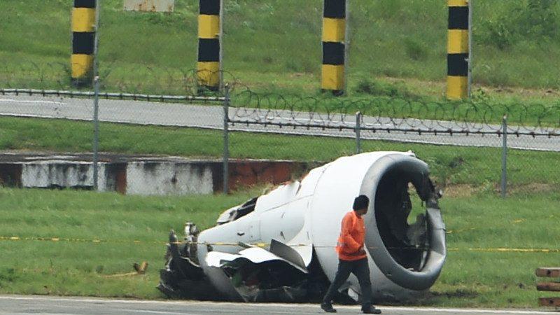 厦航客机偏离跑道 机腹着地引擎脱落降马尼拉
