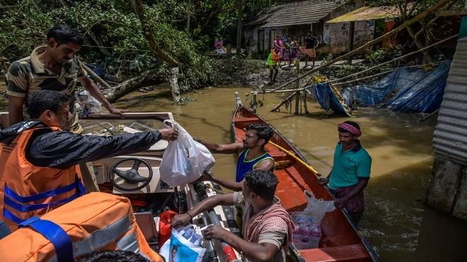 暴雨來臨80座水壩洩洪 印度百年洪災已奪420命