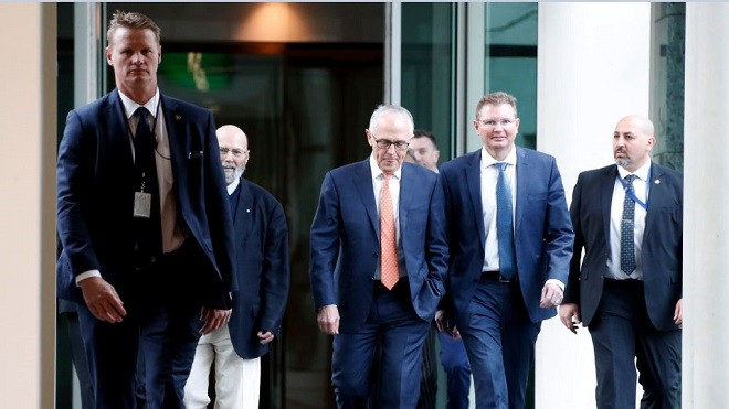 澳洲政坛逼宫风云 总理黯然下台 前财长意外胜出