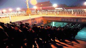 中国变局提前预演?网民热议昆山反杀案