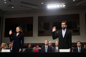 脸书推特国会作证 中期选举前或被监管
