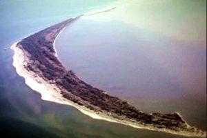 中共悄悄送给越南的岛 比钓鱼岛还大!