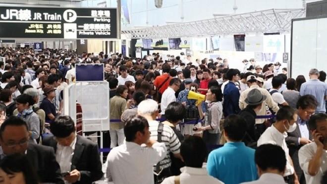 日遭颱風強震後 新千歲機場重啟 關西復飛19班國內線